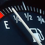 Контролируйте расход<br /> топлива